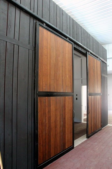 Balmoral Construction Squamish foaling barn doors vert2