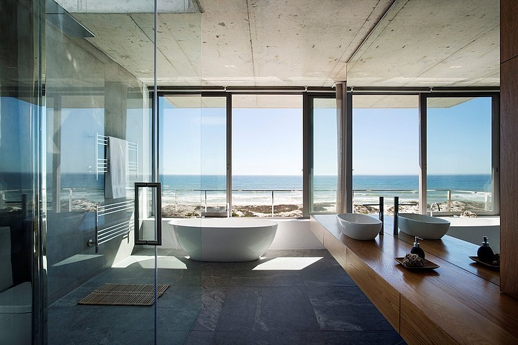 Balmoral Construction Whistler Pearl Bay Modern Beach House Bathroom
